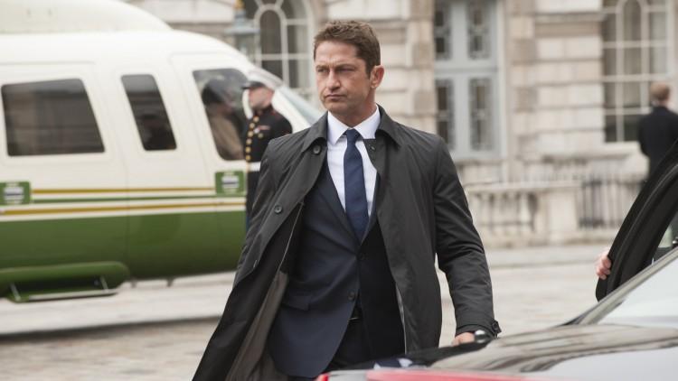 Secret Service-agent Mike Banning (Gerard Butler) ankommer i helikopter i London Has Fallen (Foto: Lionsgate/ Nordisk film Distribusjon)