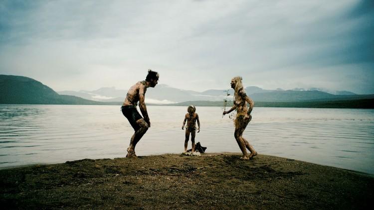 Familien drar på ferietur til idylliske nord-Norge i Lykkelig i 24 timer (Foto: Mer Film).