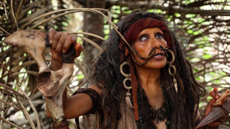 Antonieta Pari spiller den skumle stammehøvdingen i The Green Inferno (Foto: Another World Entertainment).