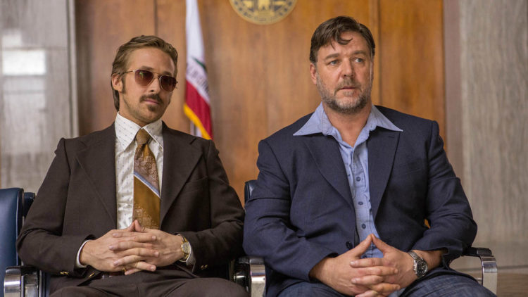 Holland March (Ryan Gosling) og Jackson Healy (Russell Crowe) er et morsomt radarpar i The Nice Guys (Foto: SF Norge AS).