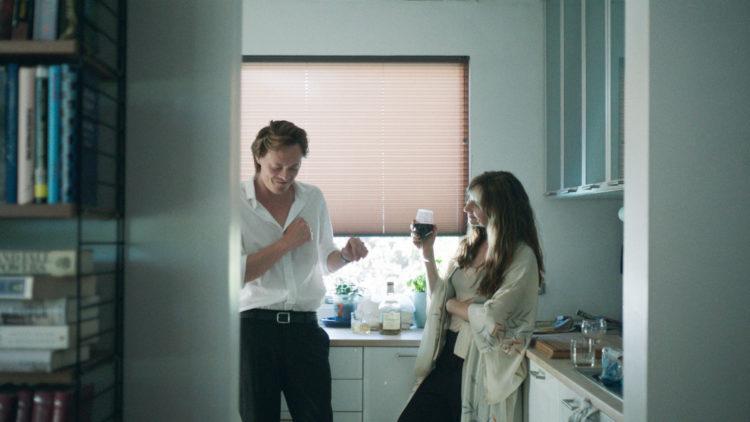Kristoffer Joner og Andrea Bræin Hovig spiller David og Sarah som 43-åringer i Alt det vakre. (Foto: Norsk Filmdistribusjon / Motlys AS)