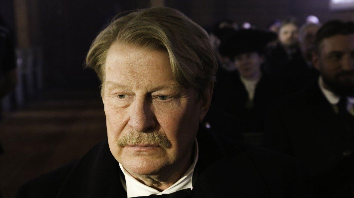 Rolf Lassgård som Gunnar i Løvekvinnen. (Foto: Nordisk Film Distribusjon)