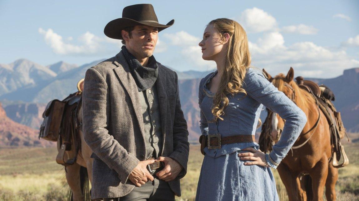 Teddy (James Marsden) finner tonen med livsglade Dolores (Evan Rachel Wood). (Foto: HBO Nordic)