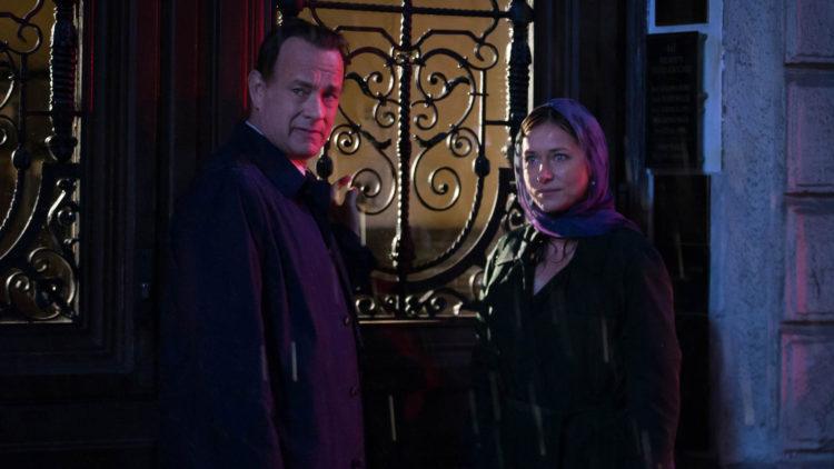 Professor Robert Langdon (Tom Hanks) og WHO-sjefen Elizabeth Sinskey (Sidse Babett Knudsen) i Inferno (Foto: United International Pictures)