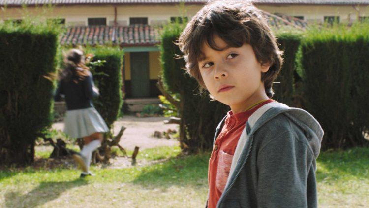 """Kristoffer Bech spiller langt bedre enn man kan forvente av en seksåring i """"Hjertestart"""". (Foto: Norsk Filmdistribusjon / Motlys)"""