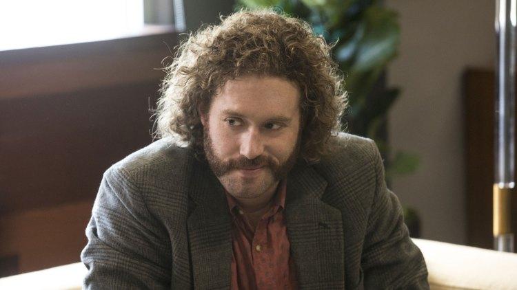T.J. Miller som Erlich Bachman i sesong 4 av Silicon Valley. (Foto: HBO)