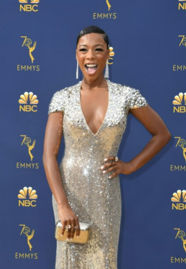 Orange is the New Black-skuespiller Samira Wiley dro til med kveldens feteste blingkjole. (Foto: VALERIE MACON/NTB Scanpix).