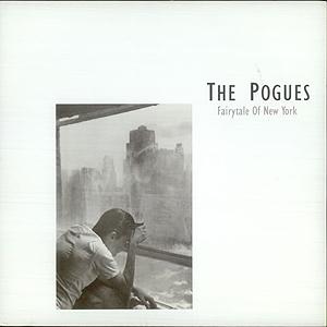 """The Pogues' """"Fairytale Of New York"""" er blitt en juleklassiker som for første gang kanskje kan gå til topps på den britiske signlelista. Foto: Platecover."""