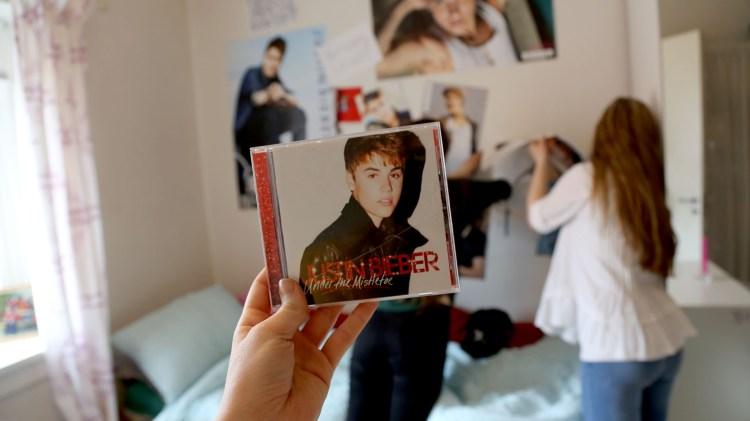 Bieber_0005_Layer 5