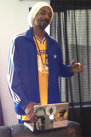 Snoop Lion la ut dette bildet av seg sjøl da Twitter-chatten begynte. Foto: Twitter.