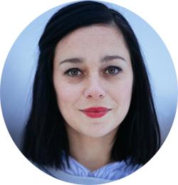 Musikkprodusent og DJ i P3, Marie Komissar. (Foto: Kim Erlandsen, NRK P3)