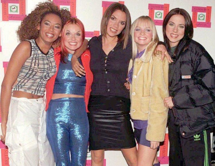 """Popfenomenet Spice Girls populariserte uttrykket """"girl power"""". Bildet er fra 1996. (Foto: NTB Scanpix, Mike Stephens)"""