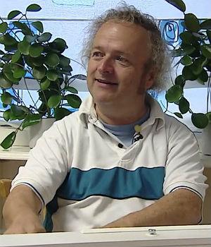 Wolfgang Plagge. Skjermdump, NRK