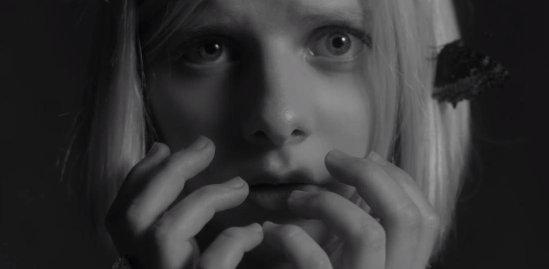 Skjermdump: Aurora - Murder Song, YouTube