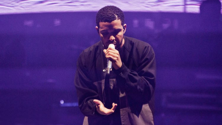"""Drakes """"One Dance"""" blir anbefalt av P3s medarbeider. Foto: Tom Øverlie, NRK P3"""