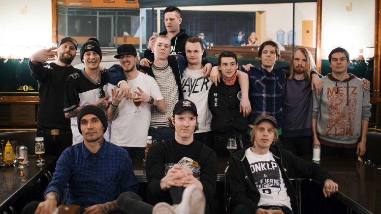 Mannsterke møtte kompiser og kolleager opp på P3 Spanderer-innspilling med Oslo Ess. Foto: Li-Lian Ahlskog Hou, NRK P3