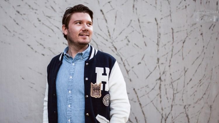 Christer Pettersen-Dahl er programleder for VG-lista Topp 20. (Foto: Rashid Akrim, NRKP3)