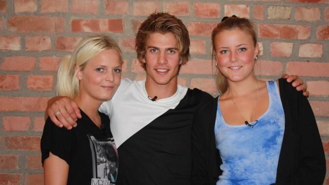 Pia, Thomas og Marie skal lede oss gjennom Trekant. (Foto: NRK P3)