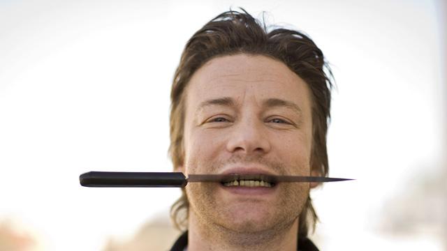 Jamie Oliver må ha verdens søteste unger. (Foto: AFP Photo Axel Schmidt)