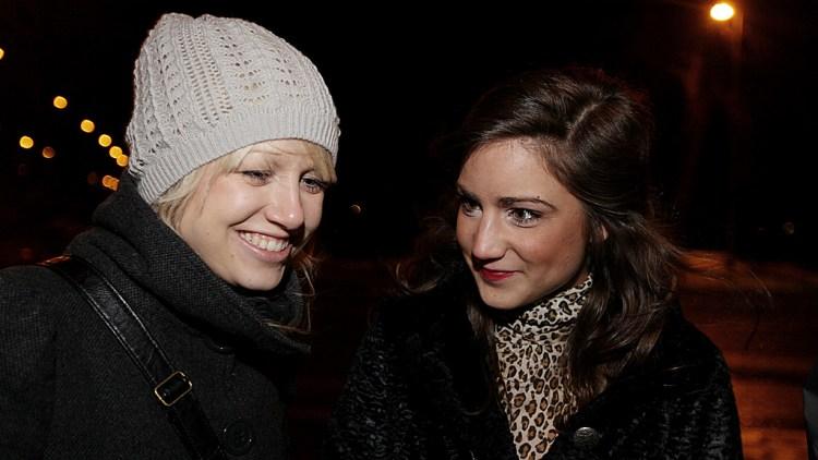 Ida Bruvik og Linn Berntsen (Foto: Erlend Lånke Solbu, NRK P3)