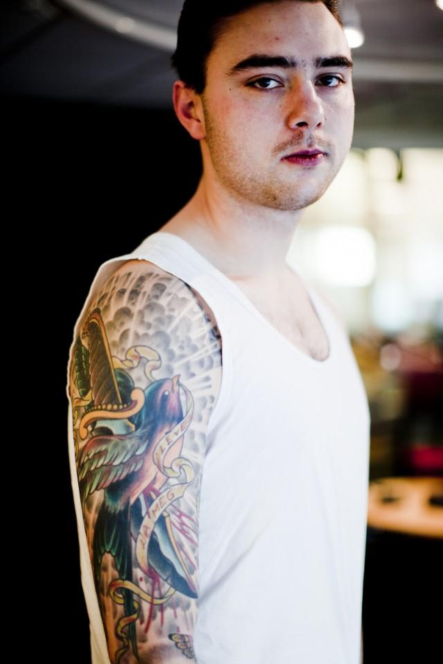 """Andreas med sin """"La meg leve"""". (Foto: Jonas Jeremiassen Tomter)"""