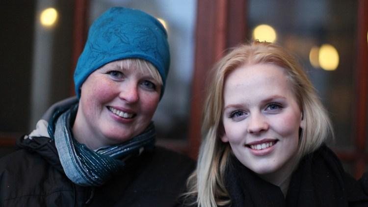 Pernille tok med seg moren Barbro på P3Sessions. (Foto: Tom Øverlie, NRK P3)