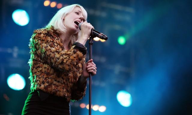 Veronica Maggio er blant artistene som gjør det stort i Norge med å synge på svensk. (Foto: Kim Erlandsen, NRK P3)