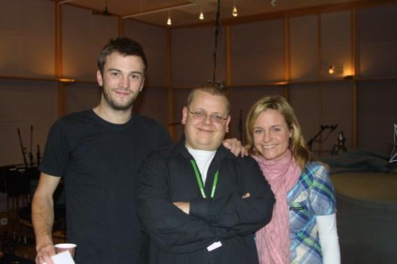 Rune Nilson med Solveig Kloppen og Magnus Rønningen (Foto: NRK)