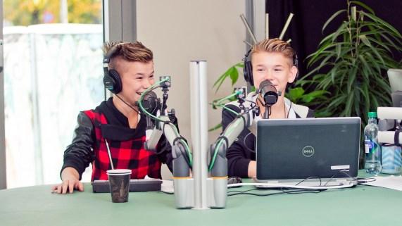 Marcus og Martinus i studio under p3aksjonen i fjor. Foto: Tom Øverlie, NRK P3