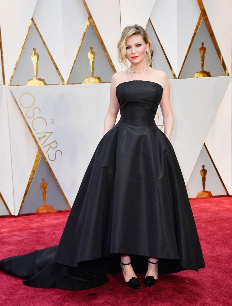 Kirsten Dunst hadde gått for en klassisk og elegant look. Foto: AFP
