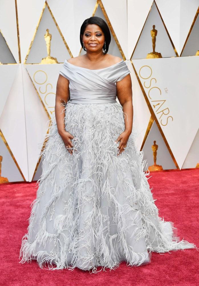 Lyse, klassiske kjoler var en gjengganger på løperen under Oscar-utdelingen.  Her skuespiller Octavia Spencer. Foto: AFP/NTB Scanpix