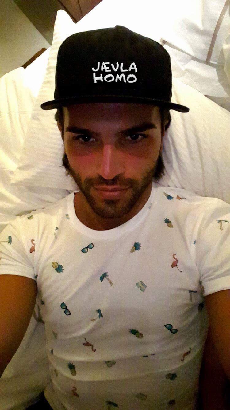 homofil sex fanget på Spy cam