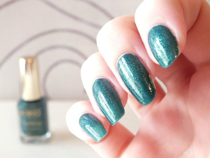 vernis-nail-polish-kiko-sun-pearl-river-green-paillete-lagon-paillettes-dorees-application-test-revue-swatch (3)