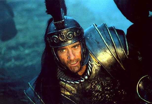 Clive-Owen-in-King-Arthur-2004-Movie-Image