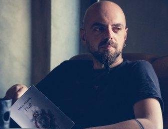 O Ραφαήλ Αρετάκης γράφει για αυτά που μας/τον αγγίζουν