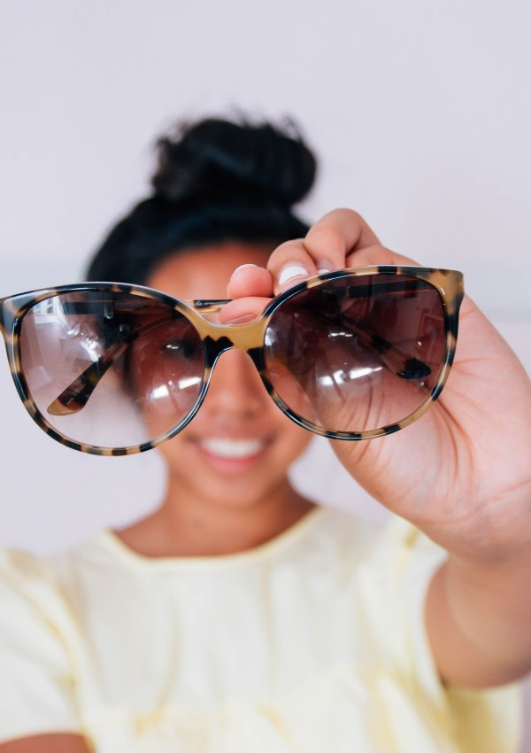 7 Must Have Accessories For Your Closet   Build a Better Closet #1