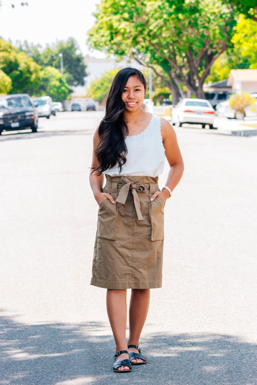 Scallop top and olive paper bag skirt | 7 cute and modest back to school outfits that you can wear | high school and college outfits | P31beauty