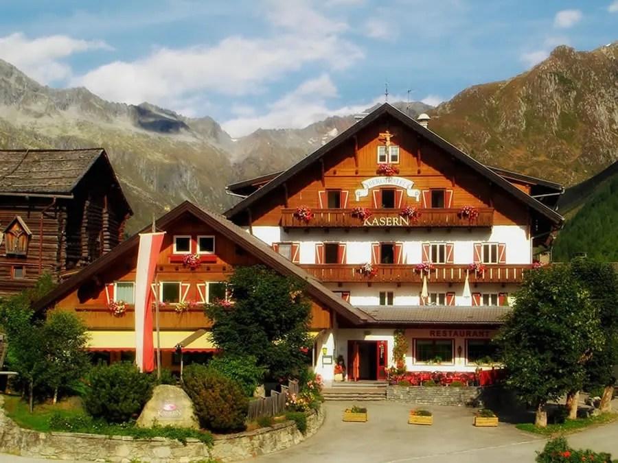 P3 Travel     lodge3