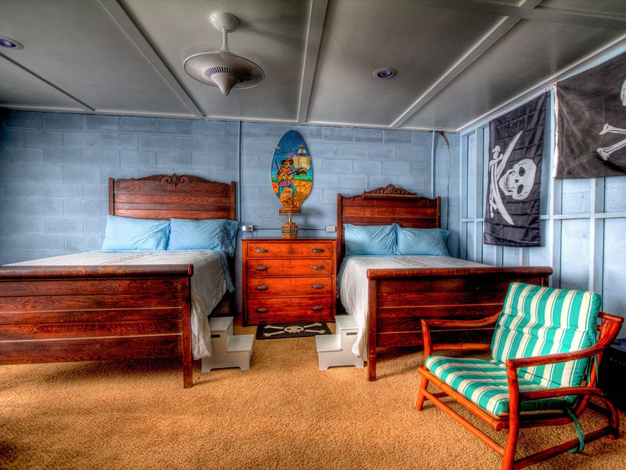 P3 Travel |   room12