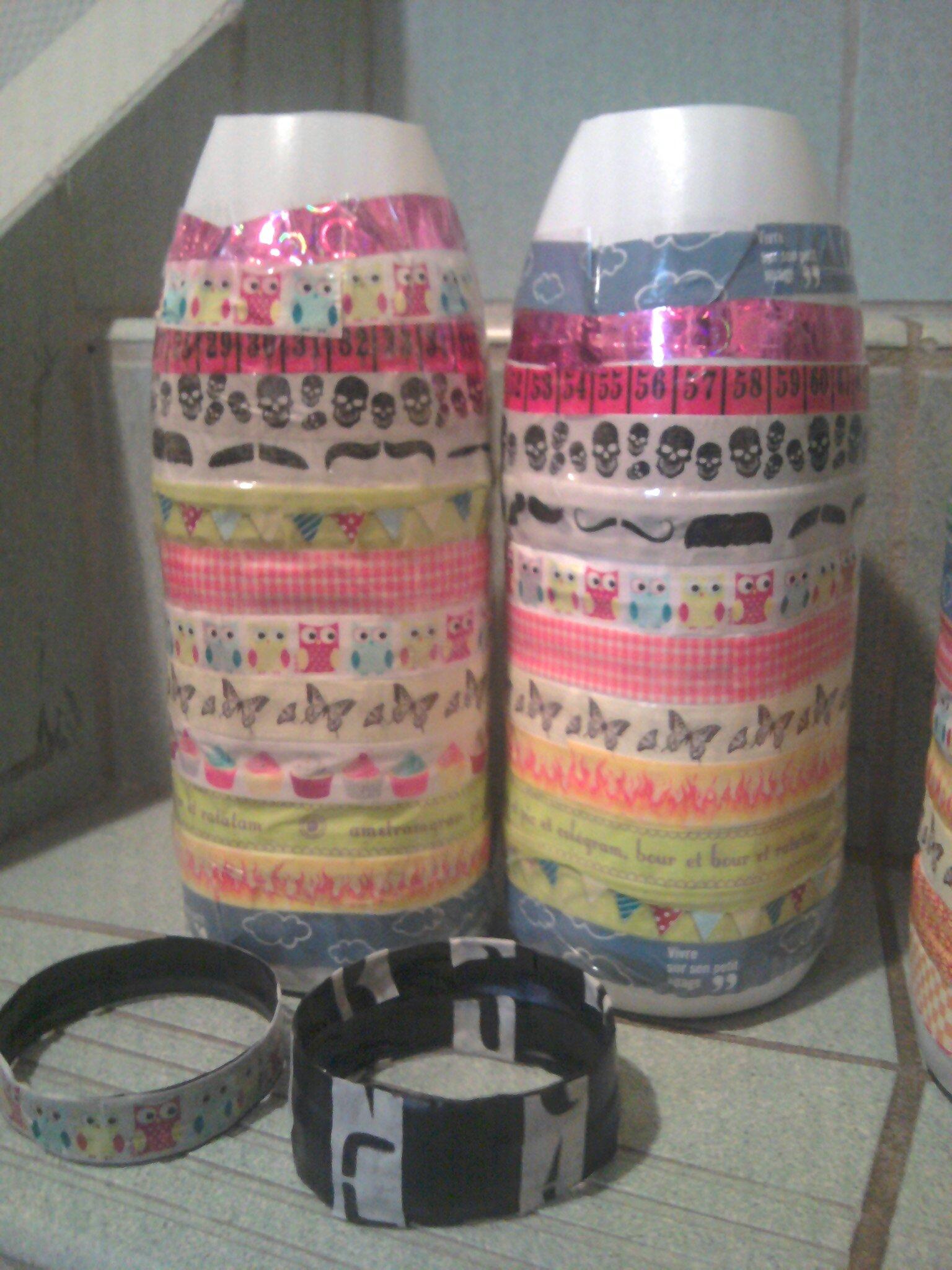 vases en bouteilles de lait recyclees