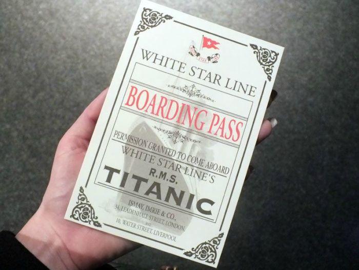 exposition-titanic-paris-porte-de-versailles-photos-art-nouveau-cabine-premiere-troisieme-classe-couloir-porte-reconstitution-decors-grand-escalier-iceberg (1)