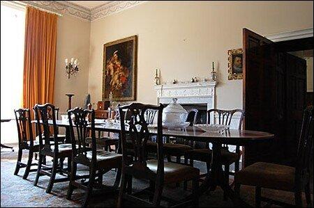 dining_room_465x309