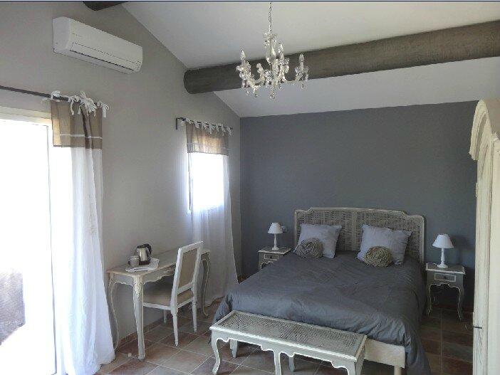 La Chambre Aurignan Mes Chambres Dhtes En Provence