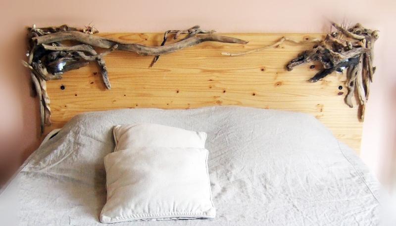 tete de lit photo de bois flotte