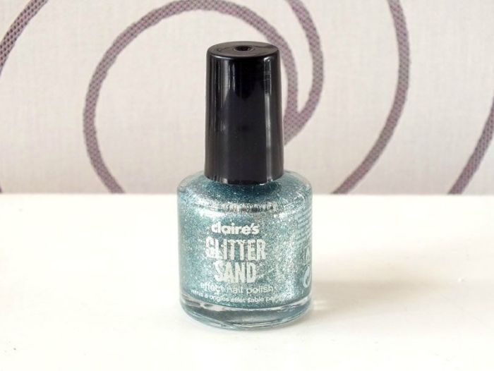 vernis-sable-claires-sand-nail-polish-bleu-paillettes-glitters-test-swatch-avis-winter-hiver-neige-ongles (1)