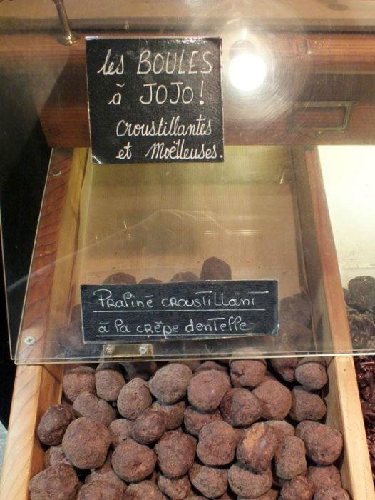 locronan-bretagne-finistere-touristique-boutiques-specialité-bretonnes-authentique-village-de-caractere-chocolatier-hortensias-chouans-monuments-historiques (6)