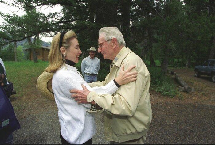 Clinton_Hillary-Rockefeller-2-21Aug1995