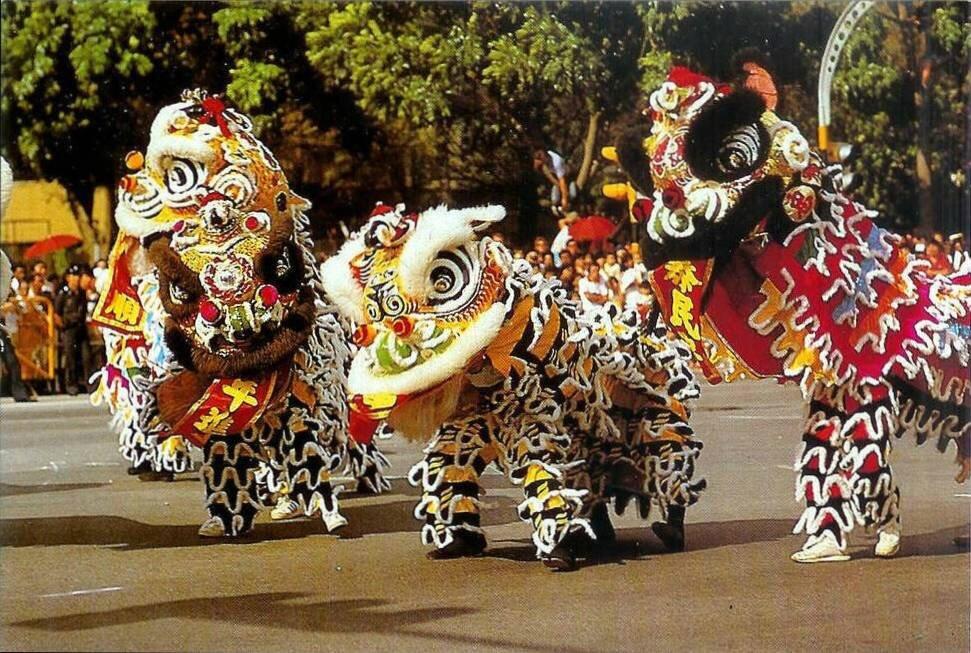 Le Nouvel An Chinois LE CARTOPHILION