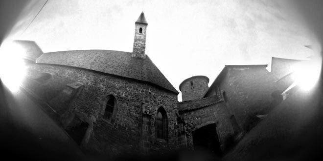 charlieu_abbaye_tour_30_juil_2011_16h38_b