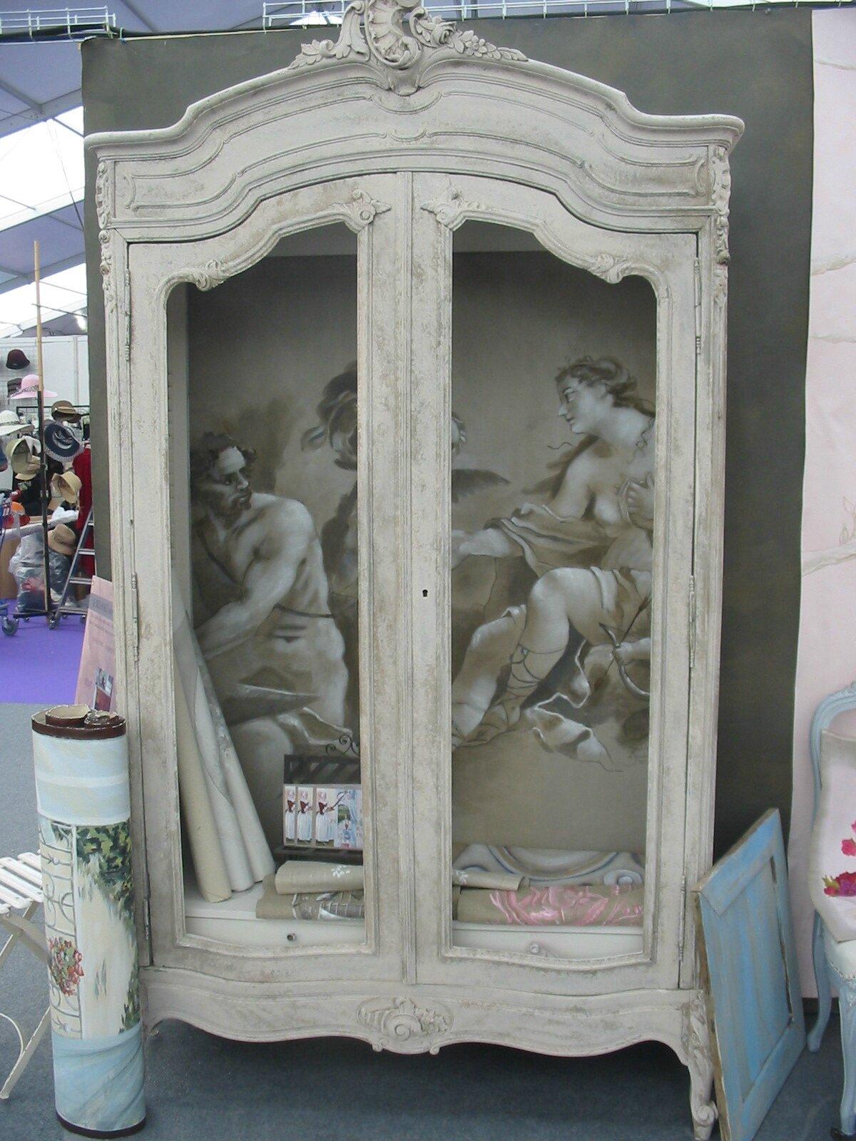 ARMOIRE LOUIS XV Tendance Peinture Et Patine